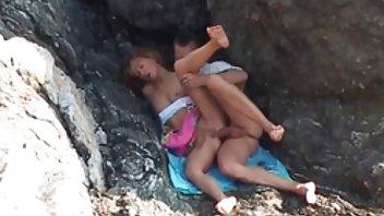 ناگیسا آیدا تقریباً توسط گروهی از پورن استار های سیاه پوست مردان